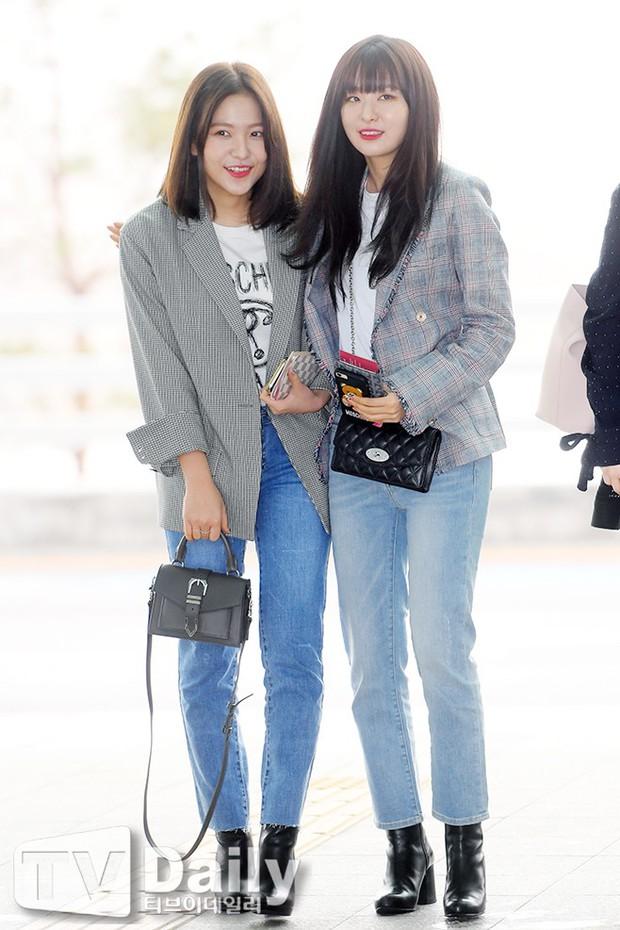 SNSD cùng quân đoàn sao nhà SM đổ bộ: Taeyeon khoe eo bé khó tin, nữ thần Yoona và Irene đọ sắc bên dàn mỹ nam - Ảnh 18.