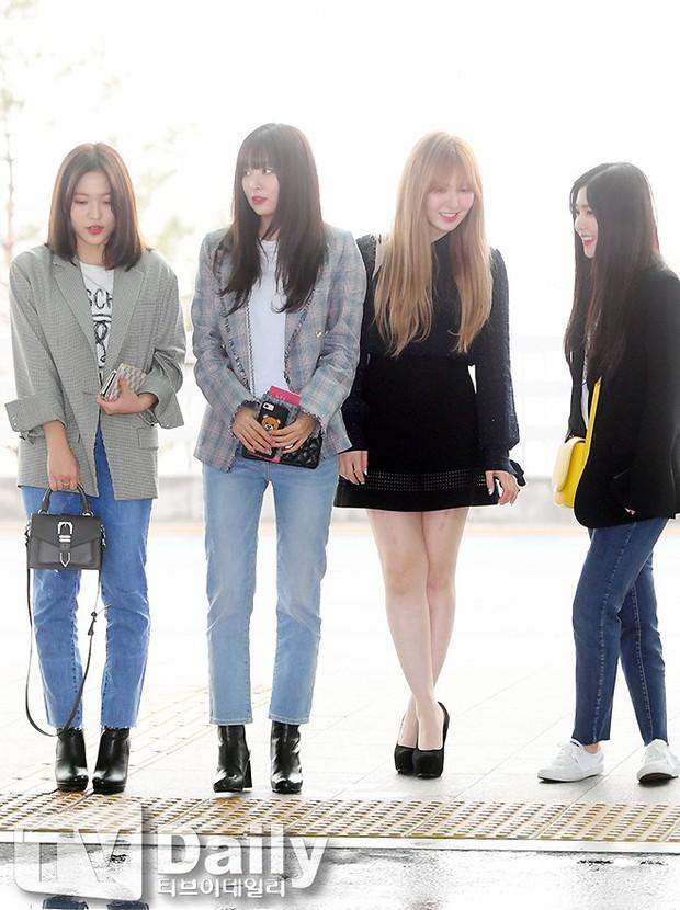 SNSD cùng quân đoàn sao nhà SM đổ bộ: Taeyeon khoe eo bé khó tin, nữ thần Yoona và Irene đọ sắc bên dàn mỹ nam - Ảnh 19.