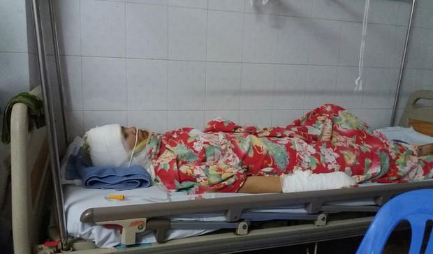 Người vợ bị chồng cũ tạt axit ở Hà Nội: Con không muốn anh ấy đi tù, con tha thứ - Ảnh 4.