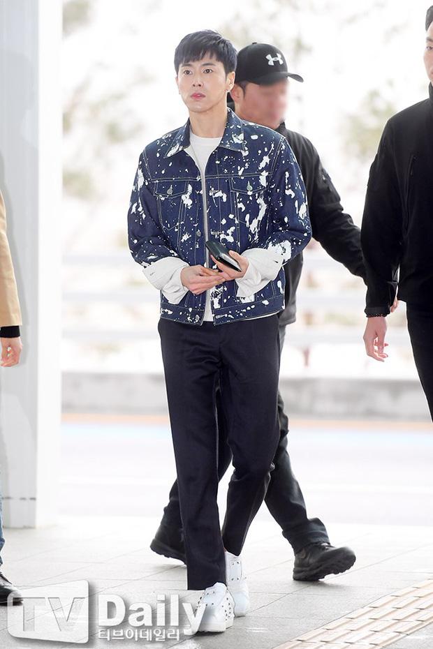 SNSD cùng quân đoàn sao nhà SM đổ bộ: Taeyeon khoe eo bé khó tin, nữ thần Yoona và Irene đọ sắc bên dàn mỹ nam - Ảnh 21.