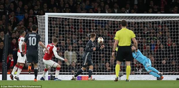 Ramsey lập cú đúp, Arsenal đặt một chân vào bán kết Europa League - Ảnh 3.