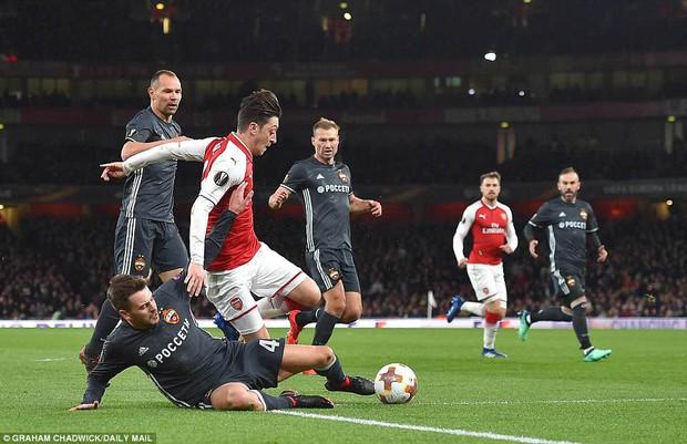 Ramsey lập cú đúp, Arsenal đặt một chân vào bán kết Europa League - Ảnh 5.
