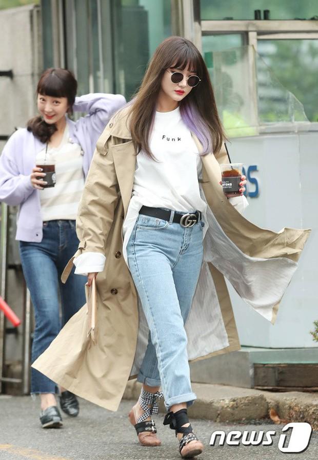 Tiên cảnh hoa anh đào tại Hàn: Mỹ nhân Hani chiếm hết spotlight, Wanna One xuất hiện cùng quân đoàn mỹ nam - Ảnh 7.