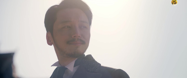 Năm ngoái bị chê nhan sắc thậm tệ, Kim Min Jung giờ còn rực rỡ hơn cả nữ chính Mr. Sunshine - Ảnh 7.