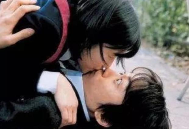 """10 tình tiết """"nhức nhối"""" kinh điển trong phim bộ Hoa Ngữ khiến khán giả cười ra nước mắt - Ảnh 16."""
