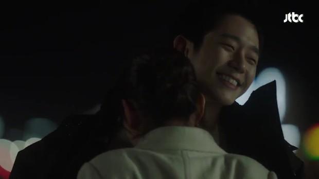 Chị Đẹp tập 4: Trai trẻ lộ quá khứ đen tối, nhưng sốc nhất là gương mặt của Son Ye Jin - Ảnh 9.