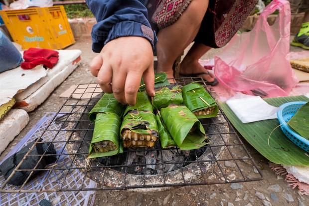 Những món ngon không thể bỏ qua khi đến cố đô Luang Prabang ở Lào - Ảnh 1.