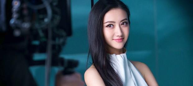 Rộ tin Cảnh Điềm chiếm ngôi Triệu Lệ Dĩnh, trở thành đại sứ mới của Dior Trung Quốc  - Ảnh 5.