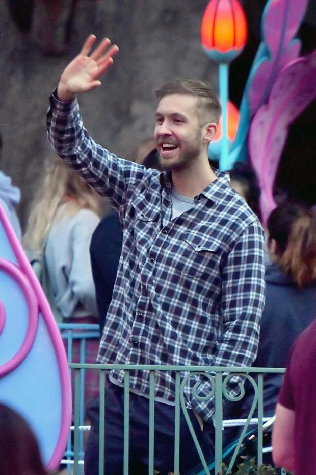 Calvin Harris tái hợp bạn gái cũ xinh đẹp, chân dài nhưng đó không phải là Taylor Swift - Ảnh 4.