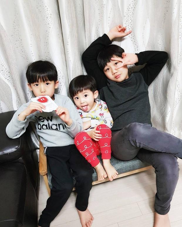 Những nhóc tỳ Hàn Quốc đình đám trên Instagram: Đáng yêu và hot ngang ngửa các Instagramer nổi tiếng xứ Kim Chi - Ảnh 27.