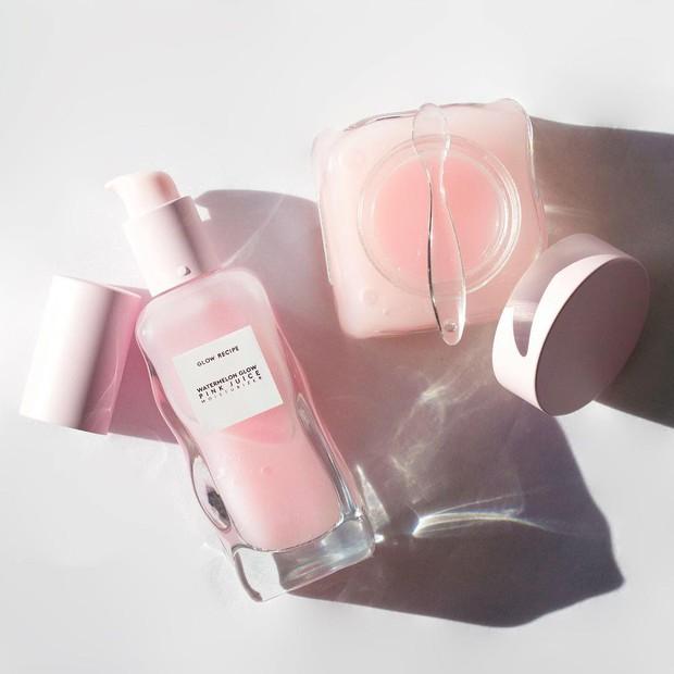 Mặt nạ màu hồng siêu xinh, thơm nức mùi dưa hấu giúp da căng bóng chỉ sau một đêm này đang là chân ái của nhiều cô nàng trên Instagram - Ảnh 6.