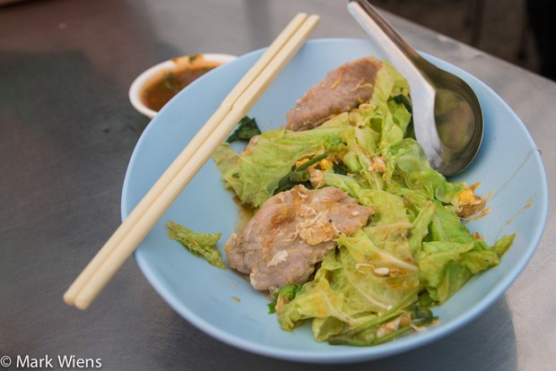 Chỉ điểm nơi thưởng thức món ngon ở Chiang Mai (Thái Lan) mà giá mềm không thể tưởng - Ảnh 4.