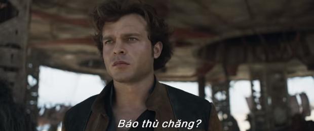 Hé lộ quá khứ lừng lẫy của Han Solo ngay trailer nóng hổi Solo: Star Wars Ngoại Truyện - Ảnh 2.