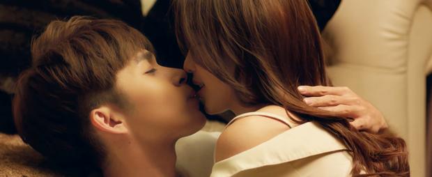 Jun Phạm, Khả Ngân tiết lộ bí quyết để hôn sâu suốt 2 ngày - Ảnh 1.
