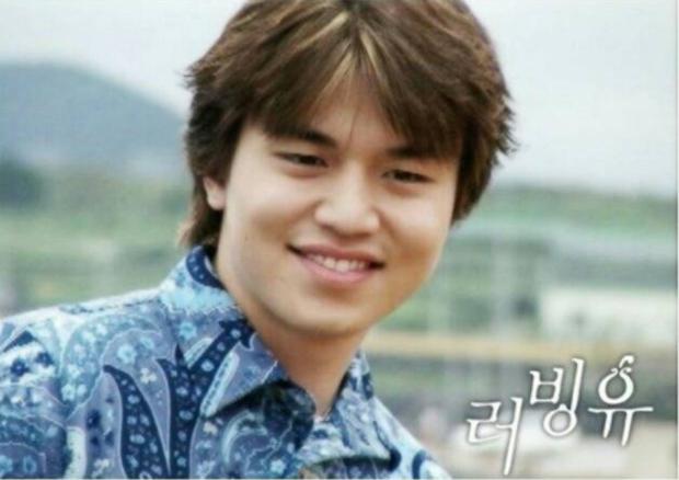Lee Dong Wook lộ ảnh quá khứ một trời một vực so với hiện tại: Liệu có dao kéo để trùng tu nhan sắc? - Ảnh 1.
