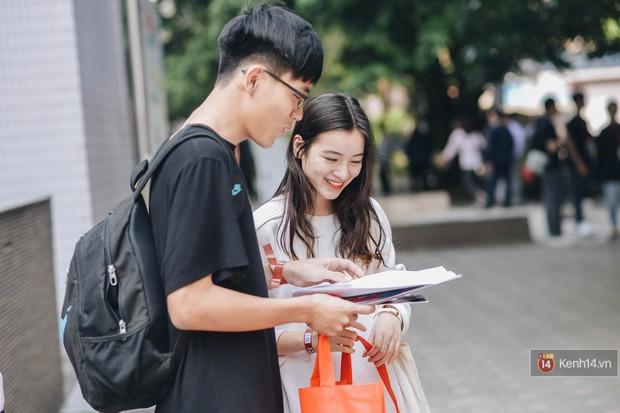 Học sinh lớp 12 hào hứng với ngày hội tuyển sinh 2018 của Đại học Ngoại Thương - Ảnh 3.