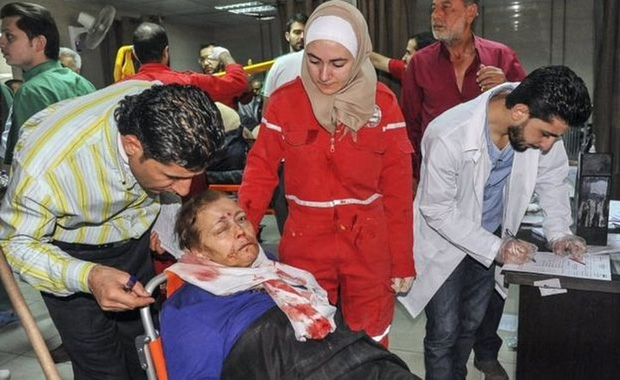 Hình ảnh kinh hoàng được cho là do tấn công hóa học ở Douma (Syria) - Ảnh 4.