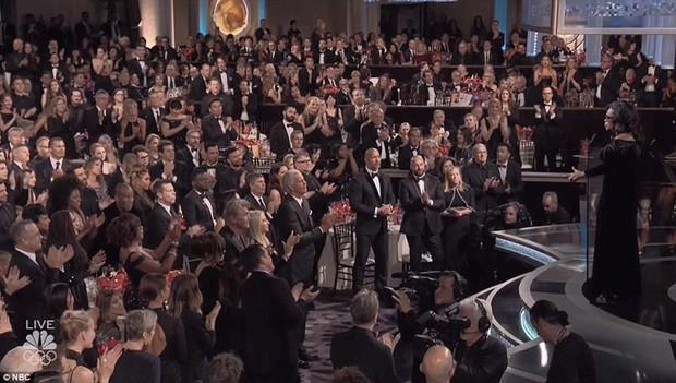 Bài phát biểu hay nhất nước Mỹ này đã khiến loạt siêu sao chăm chú nghe và xúc động đứng dậy vỗ tay - Ảnh 18.