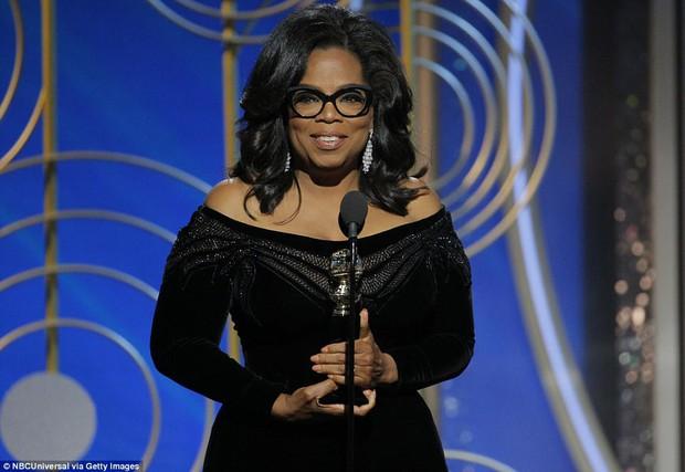 Bài phát biểu hay nhất nước Mỹ này đã khiến loạt siêu sao chăm chú nghe và xúc động đứng dậy vỗ tay - Ảnh 2.