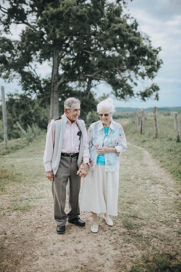 Gần 70 năm chưa từng rời bỏ nhau nửa bước, cặp vợ chồng này đã chứng minh cho cả thế giới thấy tình yêu lãng mạn không phân biệt tuổi tác - Ảnh 5.