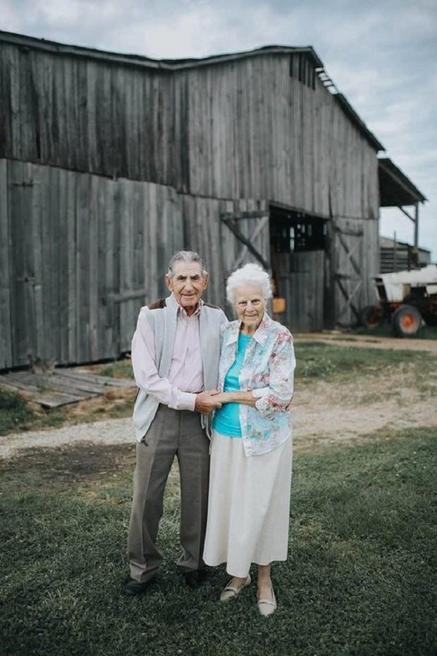 Gần 70 năm chưa từng rời bỏ nhau nửa bước, cặp vợ chồng này đã chứng minh cho cả thế giới thấy tình yêu lãng mạn không phân biệt tuổi tác - Ảnh 9.