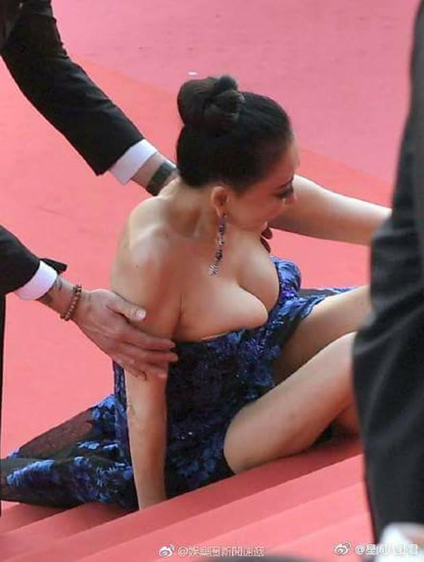 Khi thảm đỏ Cannes trở thành cái chợ của những mỹ nhân Âu - Á không ai biết tên bon chen bằng được - Ảnh 19.