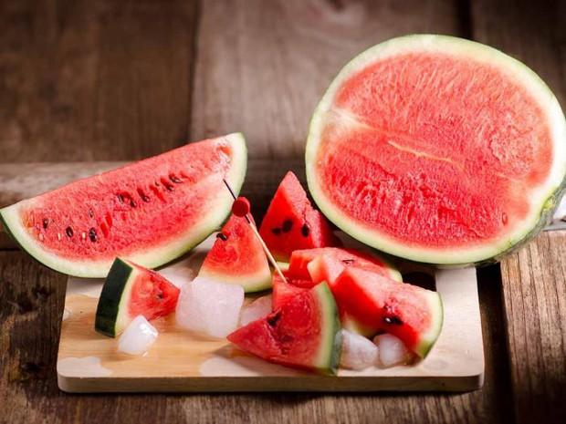 Mùa hè rồi, có hàng loạt trái cây cực giàu vitamin cho chúng ta bổ sung đây - Ảnh 1.
