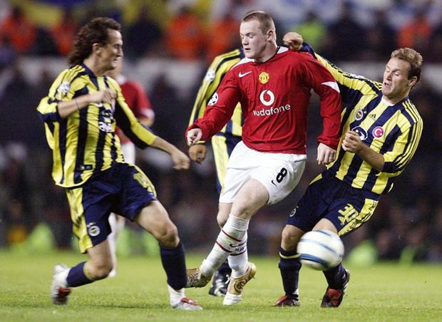 Rooney và những khoảnh khắc lịch sử trong máu áo đội tuyển Anh, Man Utd và Everton - Ảnh 1.