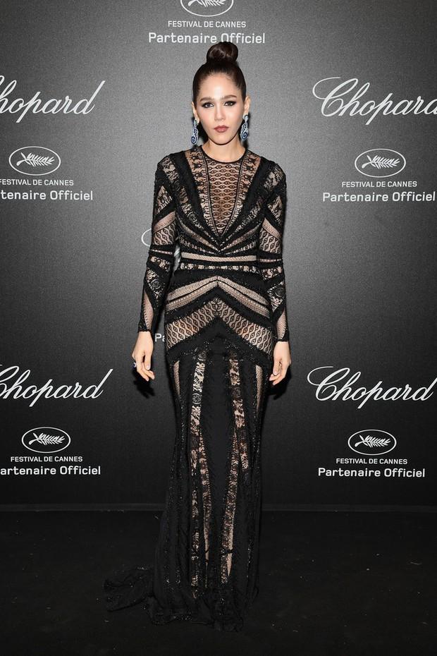 Tiệc tối LHP Cannes: Irina Shayk lộ vùng kín, Quan Hiểu Đồng khoe da trắng bật tông giữa dàn sao quốc tế - Ảnh 6.