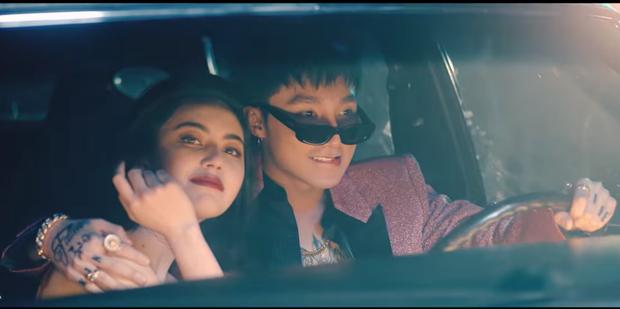 Chuyện chiếc blazer hồng: G-Dragon mặc từ 4 năm trước, Sơn Tùng M-TP diện trong MV mới toanh, Hoàng Ku vội rao bán ngay sau đó - Ảnh 1.