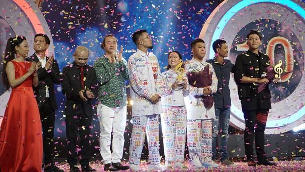 Lộn Xộn Band vượt mặt Andiez, đăng quang Quán quân Sing My Song 2018 - Ảnh 4.