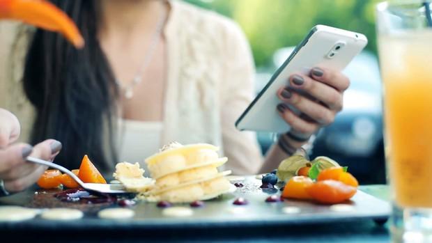5 thói quen buổi sáng tưởng vô hại nhưng lại chính là nguyên nhân gây tăng cân - Ảnh 5.