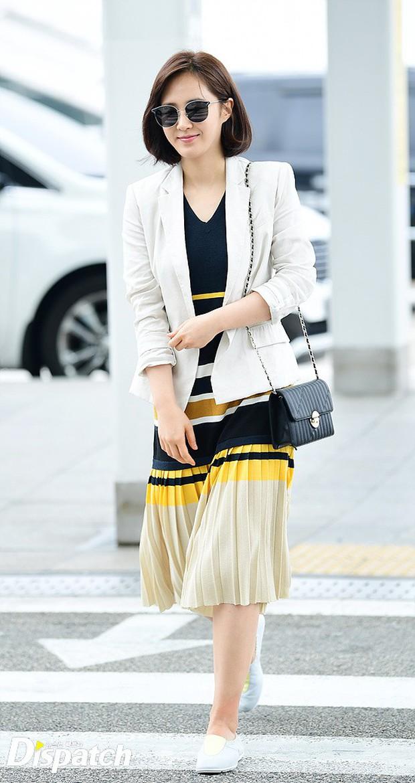 3 sao nữ hạng A xứ Hàn đổ bộ sân bay: Suzy diện đồ thùng thình vẫn đẹp là thế, Yuri lại xuống sắc già nua khó tin - Ảnh 9.