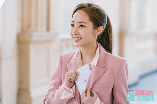 Còn lâu mới chiếu, phim mới của Park Seo Joon - Park Min Young đã gây sốt vì thời trang quá đẹp - Ảnh 9.