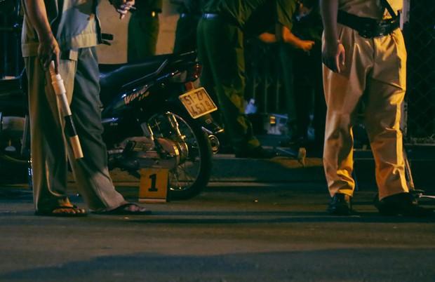 Hiện trường vụ án mạng kinh hoàng trên đường CMT8 khiến 6 hiệp sĩ đường phố bị băng cướp đâm thương vong - Ảnh 11.