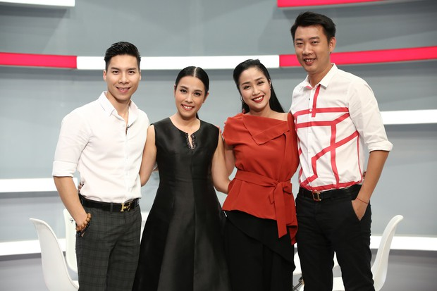 Hari Won hào hứng kể Trấn Thành đam mê toilet và thích chơi búp bê - Ảnh 1.