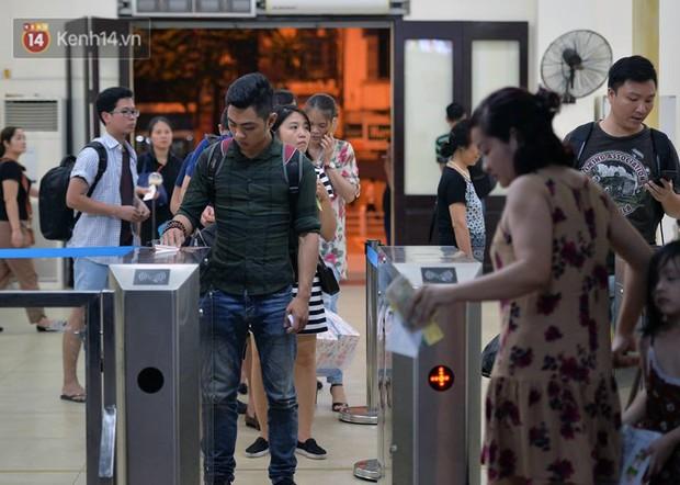 Đường sắt Việt Nam tăng chuyến, thay đổi giờ tàu và thêm một đôi tàu phục vụ suất ăn miễn phí - Ảnh 7.
