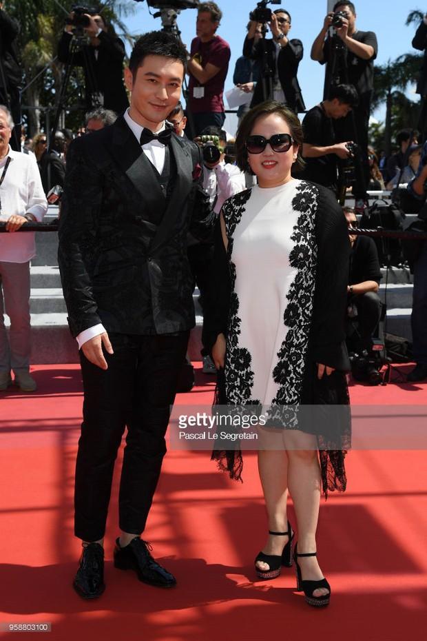 Thảm đỏ Cannes: Sao vô danh cosplay Michael Jackson, Jessica Jung ngốt ngát bên dàn siêu mẫu hạng A hở bạo - Ảnh 10.