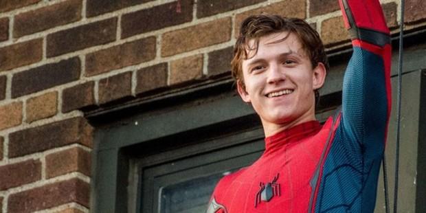 6 dự án siêu anh hùng dị nhất xém được thực hiện, cái tên cuối suýt thay đổi lịch sử Deadpool! - Ảnh 4.