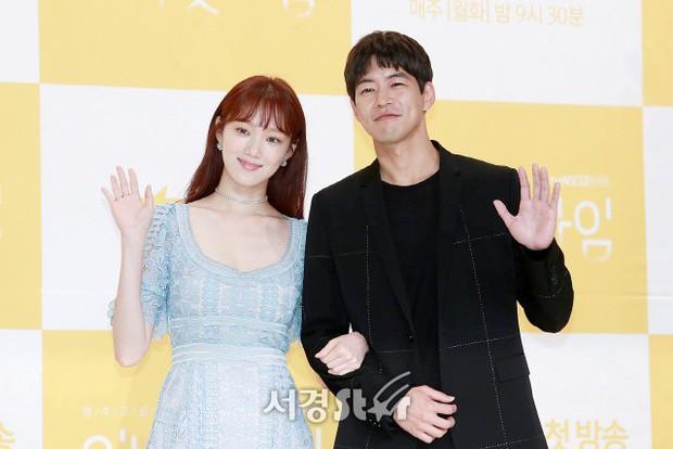 Phim mới chưa chiếu, Lee Sung Kyung đã đau khổ vì chỉ còn sống được 101 ngày - Ảnh 9.