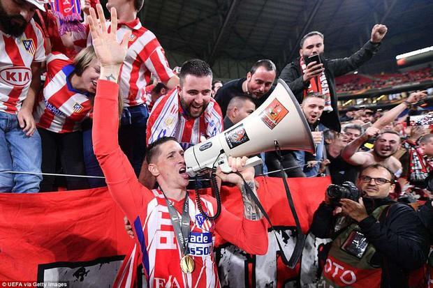 Griezmann chói sáng, Atletico lần thứ ba vô địch Europa League - Ảnh 18.