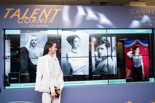 Nhã Phương xuất hiện nhẹ nhàng, đằm thắm với tà áo dài truyền thống tại Cannes - Ảnh 9.