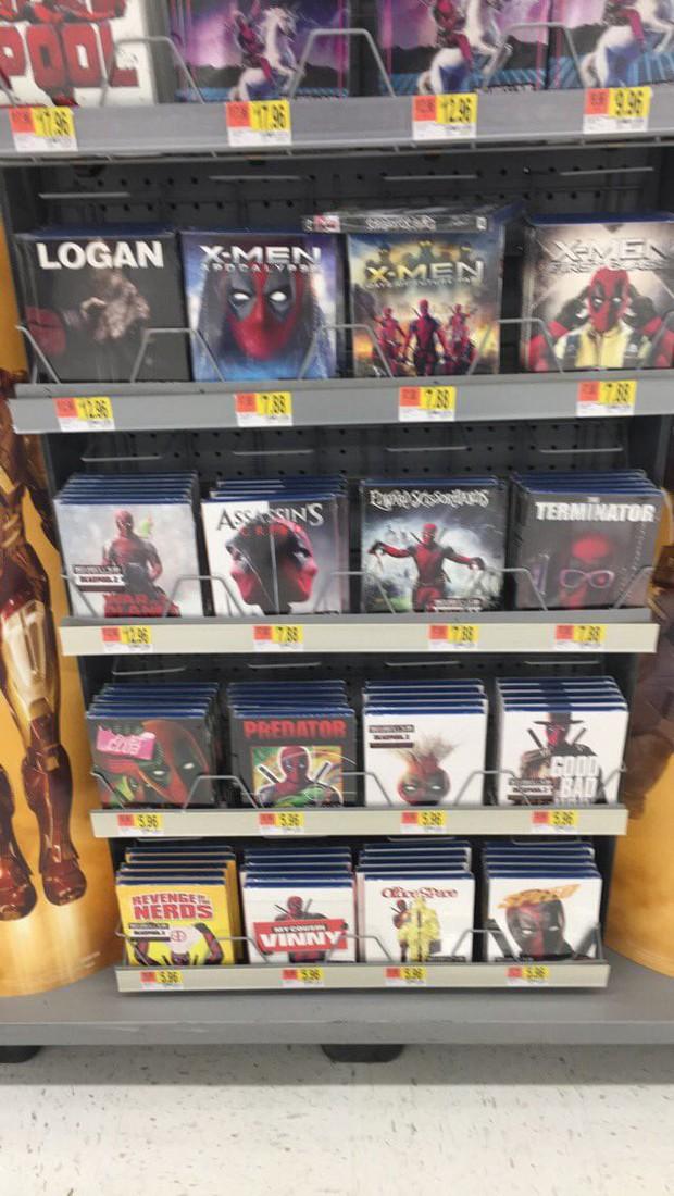 Deadpool đã xâm chiếm Walmart, giờ DVD nào cũng là phim Deadpool! - Ảnh 1.