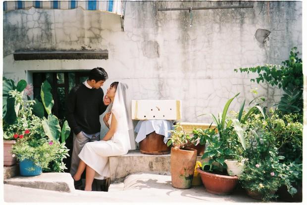 30 phút mượn vườn nhà bác hàng xóm, 9X Việt cho ra bộ ảnh cưới chất như film Hong Kong - Ảnh 9.