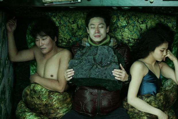 17 lần điện ảnh Hàn chiến thắng tại các LHP quốc tế danh giá nhất trong lịch sử - Ảnh 15.