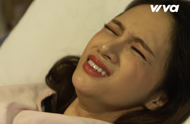 Clip: Xúc động với hình ảnh bụng bầu như thật của Hoa hậu Hương Giang - Ảnh 5.