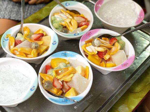 Ở phố cổ Hà Nội, thèm ăn sữa chua mix đủ kiểu thì đừng bỏ qua những địa chỉ này - Ảnh 9.