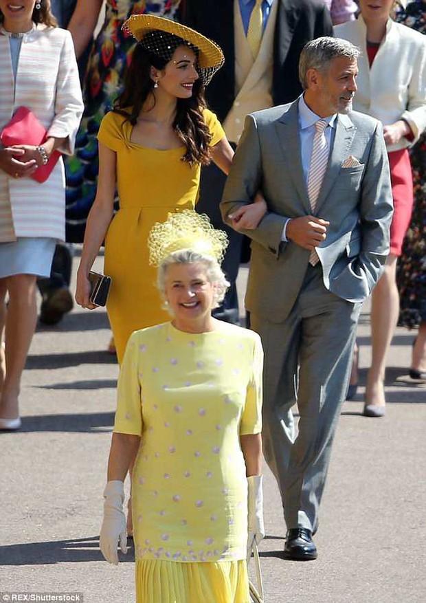 Loạt khoảnh khắc đẹp như mơ của vợ chồng Beckham và dàn sao Hollywood tại đám cưới Hoàng tử Harry - Ảnh 11.
