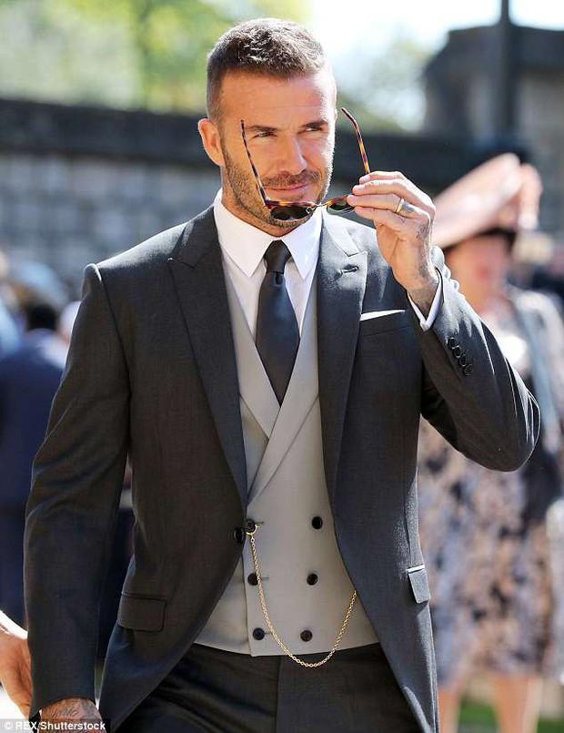 Loạt khoảnh khắc đẹp như mơ của vợ chồng Beckham và dàn sao Hollywood tại đám cưới Hoàng tử Harry - Ảnh 8.