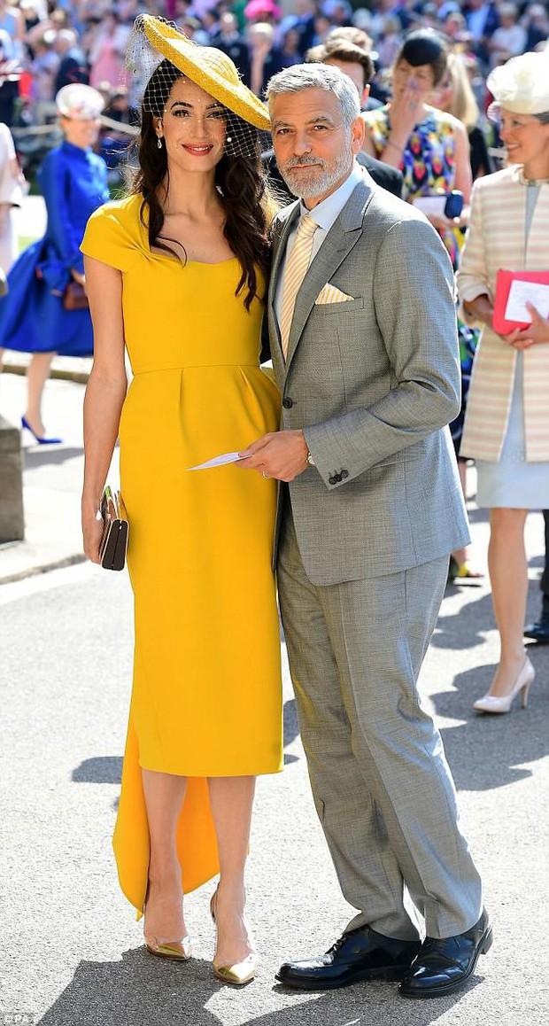 Loạt khoảnh khắc đẹp như mơ của vợ chồng Beckham và dàn sao Hollywood tại đám cưới Hoàng tử Harry - Ảnh 12.
